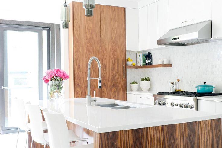 Sleek & casual modern West Coast kitchen renovation