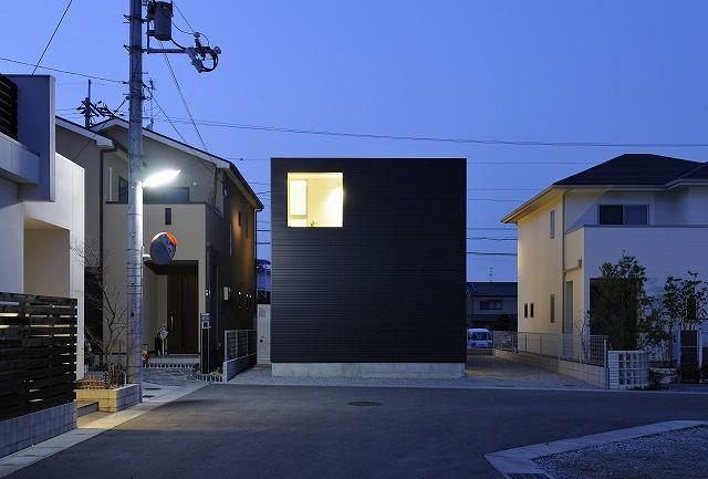 浴室から中庭を眺められる2階リビングの家/奈良県香芝市