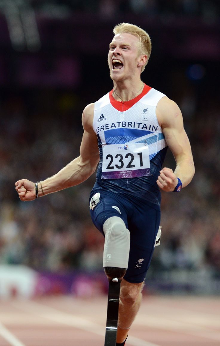 06/09/2012: Jonnie Peacock took gold in a memorable T44 100m final.