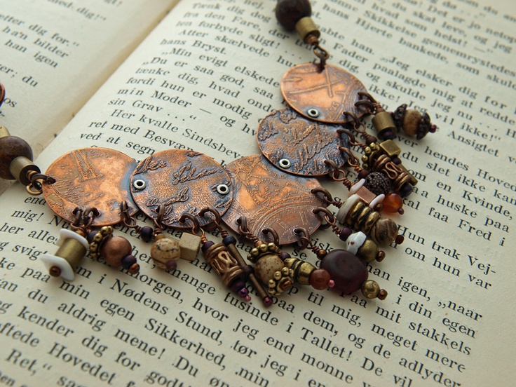 Steampunk necklace by Dragonfly Dreamers $65Beads Inspiration, Steampunk Disc, Jewelry Inspiration, Dangle Copper, Copper Necklaces, Copper Jewelry, Steampunk Elements, Jewelry Diy, Steampunk Necklaces