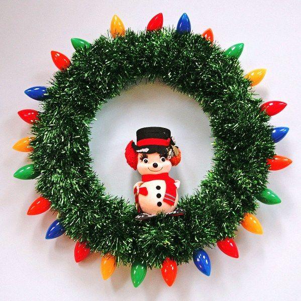 DIY Retro Tinsel Christmas Wreathes
