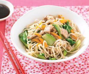 Teriyaki chicken noodle stir-fry