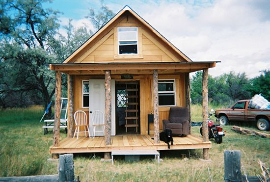 A Solar Cabin in Two Weeks for $2,000. After finding himself without a home, LaMar Alexander moved onto inherited land and built a 400-square-foot cabin in two weeks for $2,000. 