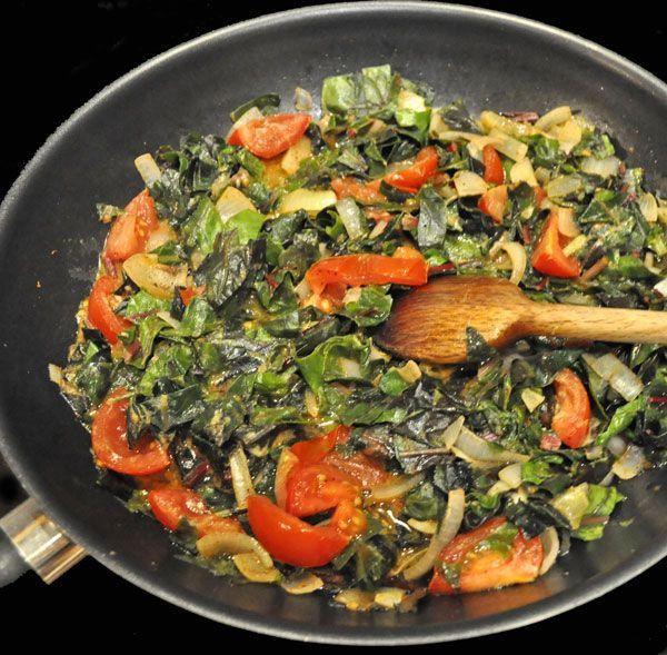 Hay distintas formas de preparar verduras. Mi favorita es al wok… Comparto mi receta, hoy sólo con verduras, pero si te gusta también podés agregarle pollo, cintitas de carne, arroz o fideos... Como más te guste!. Ingredientes para cuatro...