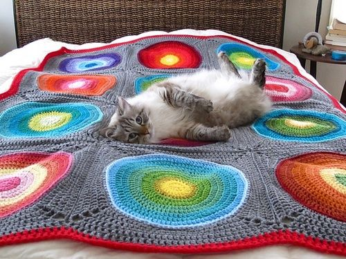 Free pattern: Bullseye Afghan by Brittany Tyler