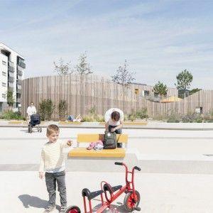 Timber-clad kindergarten by Behnisch Architekten  opens in new housing district