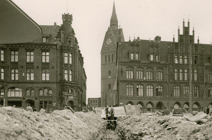 HANNOVER Das Foto wurde von einem Punkt zwischen der Sparkasse und der Markthalle in Richtung Karmarschstraße blickend aufgenommen.