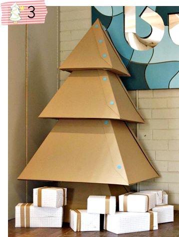 Árvore de Natal de papelão :)