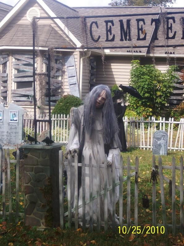 Dead girl in cemetery  Halloween, yard haunts, graveyard. Love how somehing as simple as turning the head sideway makes the prop so much scarier!!!