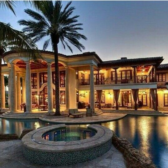 Mediterranean Style Homes For Sale In Florida: Felipe's Beautiful Tropical Mansion Of Horrors