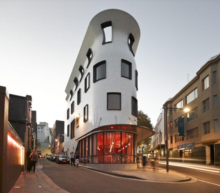 Roslyn Street Bar-Restaurante Sydney   / Durbach Block Jaggers Architects