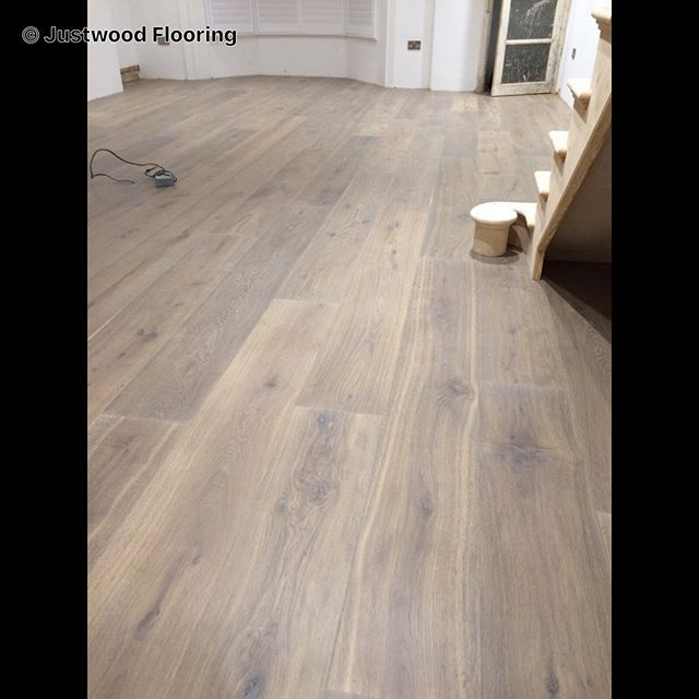 Havwoods oak Fendi supplied and fitted by the Justwood Flooring team in Brighton #woodflooring #havwoods #planks #brighton #fendi #floor #flooring @havwoods