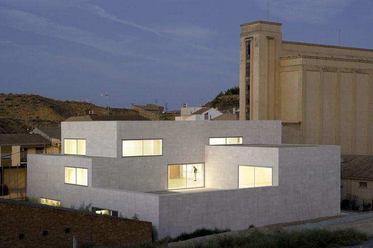 ADMINISTRATIVE REGIONAL CENTER FOR THE DEVELOPMENT OF LOCAL ALABASTER in HIJAR (TERUEL), Spain by MAGEN ARQUITECTOS (JAIME MAGEN + FRANCISCO MAGÉN)