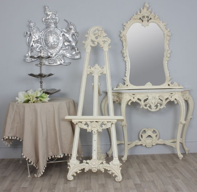 This Large Ornate Cream Display Easel Wedding Plan Display