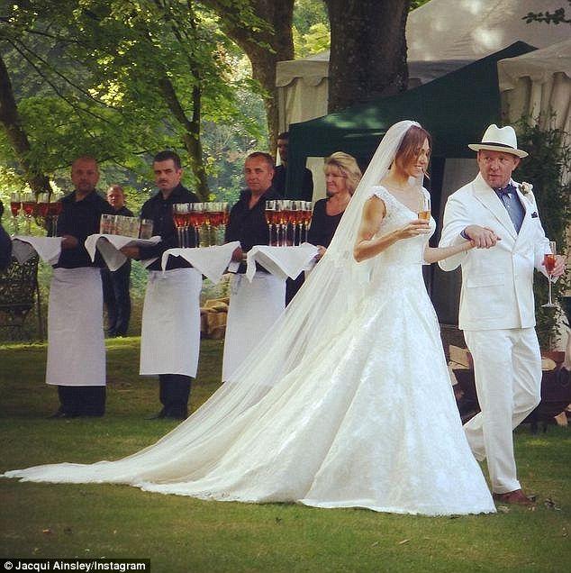 Newlyweds Guy Ritchie ...