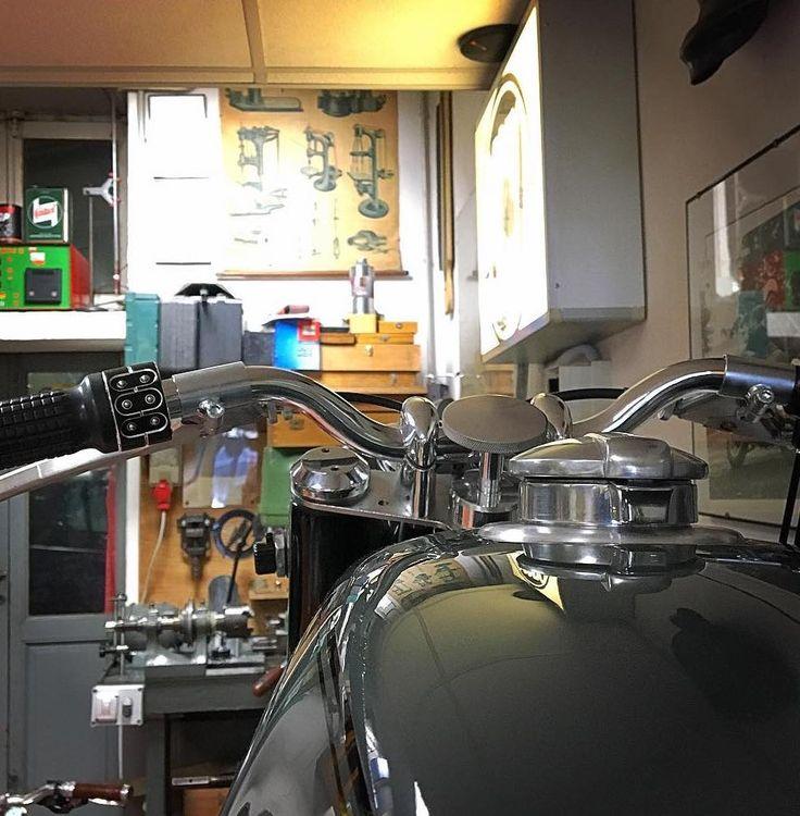 MotoMaggioni-Maggioni-Moto-Motorcycle-classique-Custom-Motogadget-kustom, italie-milan-milanais-preparateur-BMW-R75-RS-RC-4h10-4H10-