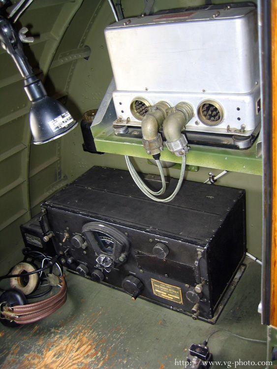 B-17 Radio Operator's Equipment detailing