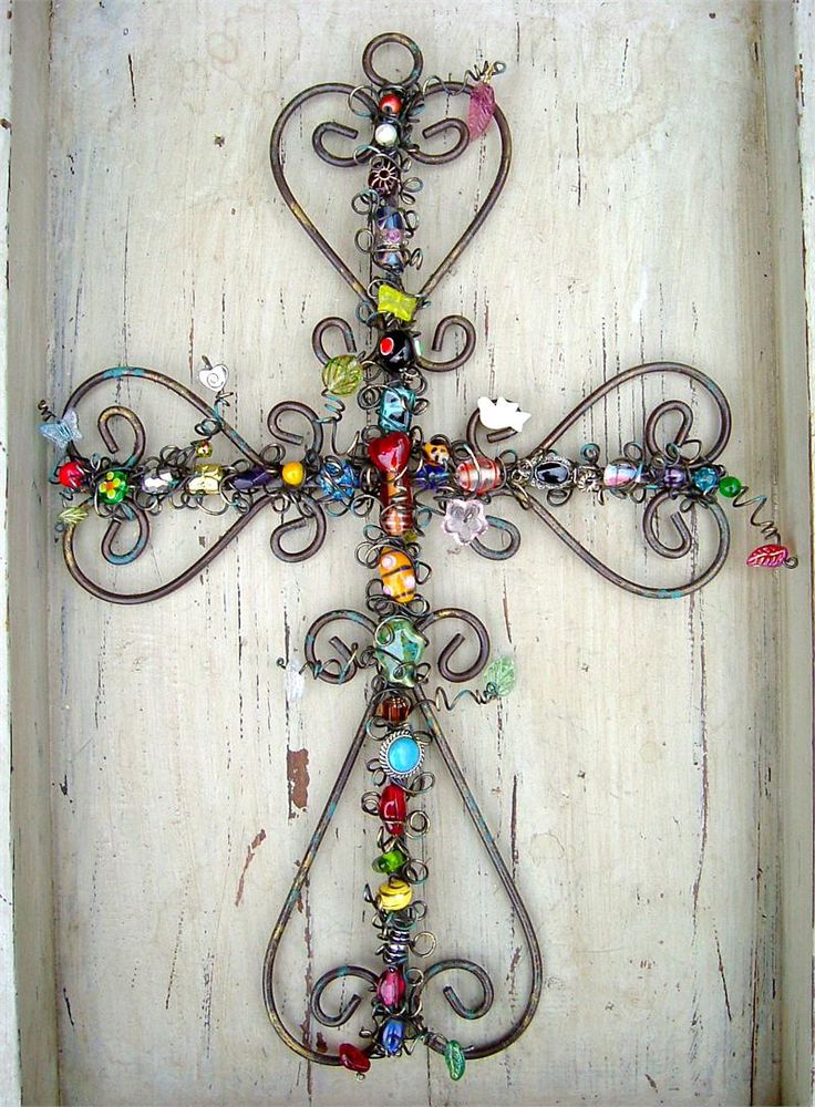 Beaded: Wire And Beads Crosses, Beads Irons, Decor Ideas, Irons Crosses, Random Beautiful, Wall Crosses, Art, Things, Jewels Crosses