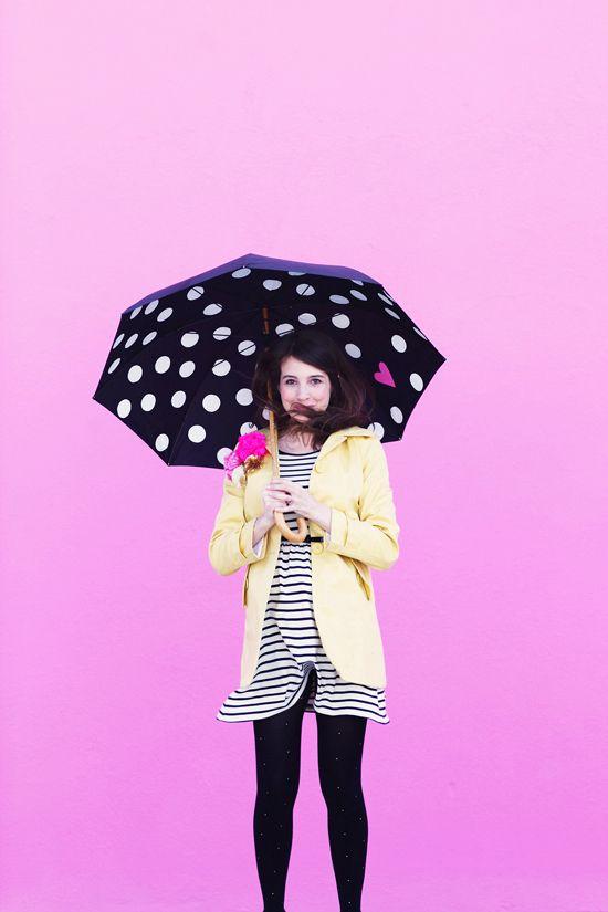 Make a polka dot umbrella