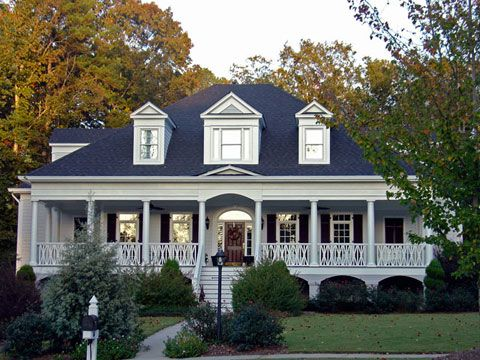 25 best ideas about southern homes on pinterest for Traditional home builders