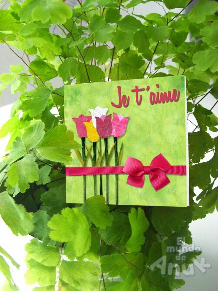 Elige uno de nuestros modelos en Tarjetas y Minitarjetas de felicitación y díle cuánto la quieres.