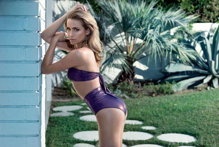 Shantel VanSanten photocall for Maxim Magazine - http://celebs-life.com/?p=81417
