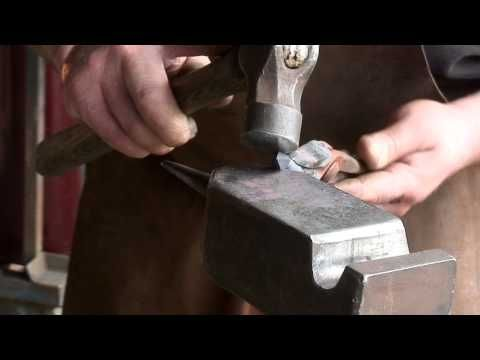 Forging Medieval Arrow Heads - Drawing the Point -