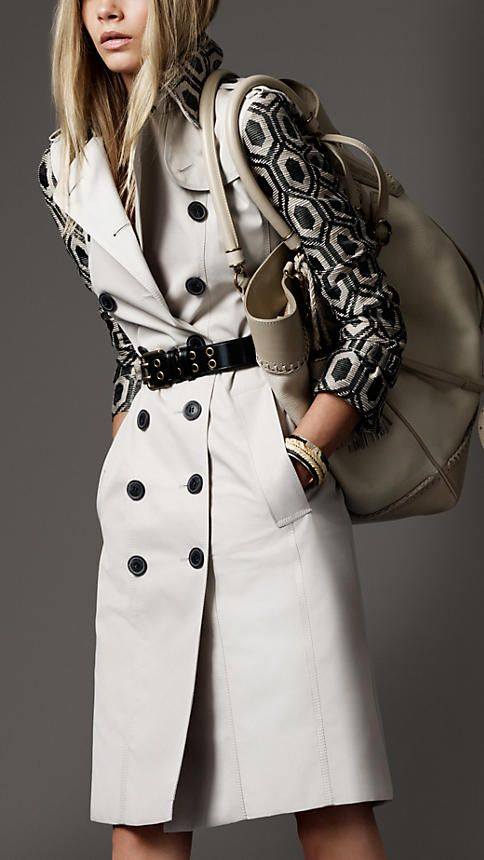 Burberry patterned-sleeve trench...