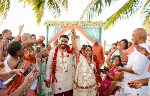 Destination weddings made easy. A picture perfect wedding at Moon Palace Jamaica Grande Resort #destinationwedding