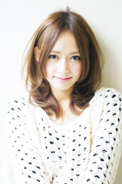 AFLOAT JAPANのヘアスタイル | 大人上品ミディアムスタイル | 東京都・銀座の美容室 | Rasysa(らしさ)