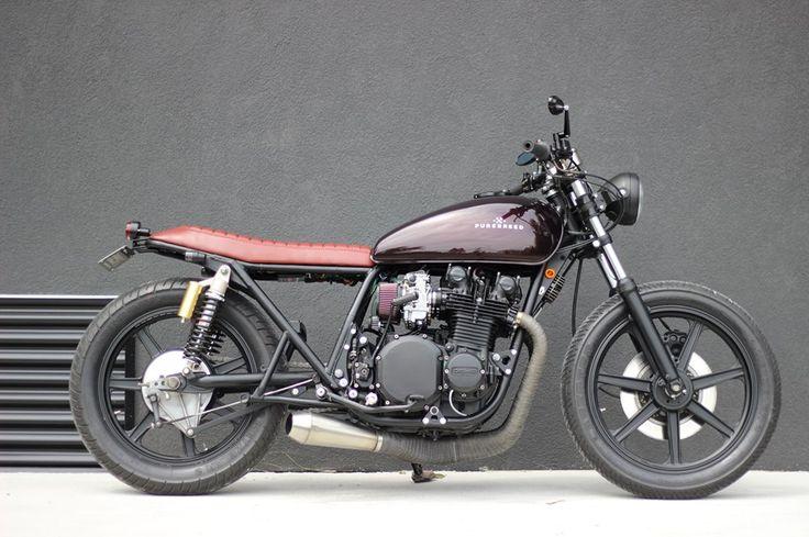 Kawasaki KZ900A Cafe Racer