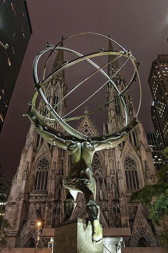 Rockefeller Center Atlas & St. Patrick's Cathedral.