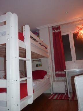 No encuentras unas cortinas del color de tu habitación, con Mundofoutas eso es imposible. Feliz Lunes familia.
