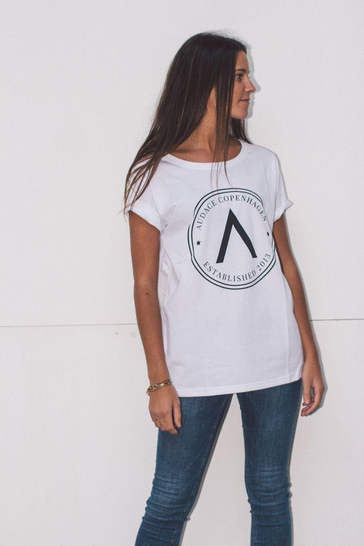 Unisex white ''Badge'' T-shirt from Audace Copenhagen - 100% Cotton http://www.audace.dk/collections/t-shirts/products/audace-copenhagen-t-shirt-a-badge-white