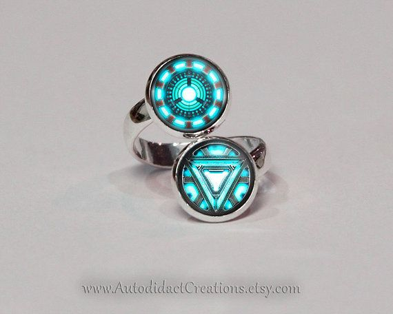 Hey, I found this really awesome Etsy listing at https://www.etsy.com/listing/195324124/arc-reactor-iron-man-jewelry-arc-reactor