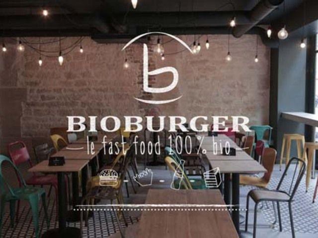✖✖✖ BioBurger ✖✖✖ Le Fast-Food 100% Bio Paris - 46 Passage Choiseul  75002 Paris 01 49 26 93 90 Le Bio Burger, not only parce que c'est bon, mais aussi parce que c'est vraiment peu cher. 10€ la formule.