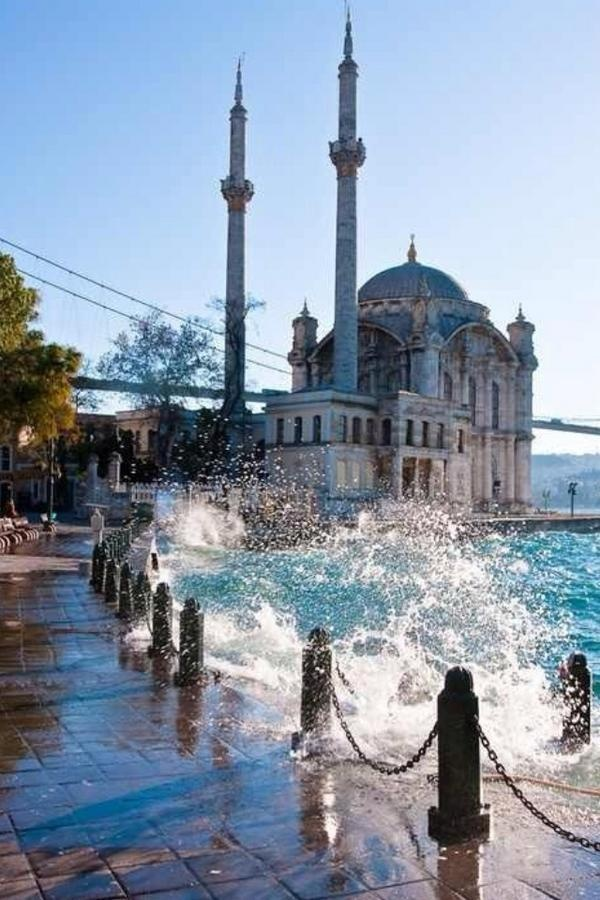Ortaköy Mosque | HOME SWEET WORLD
