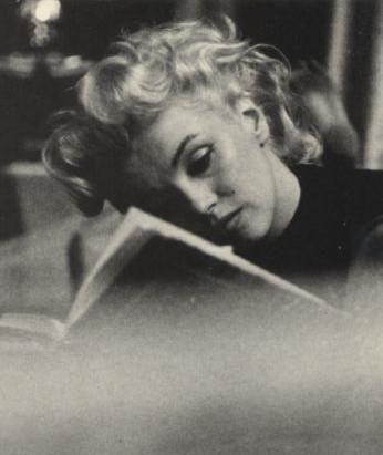 todos los días de la vendimia: Lectura de Marilyn Monroe