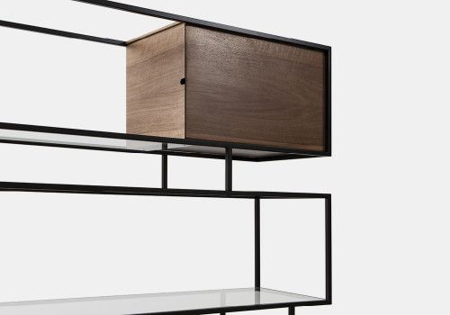 Metropolis is a minimalist design created by Italy-based designer James Moor.  ver Paul McCobb