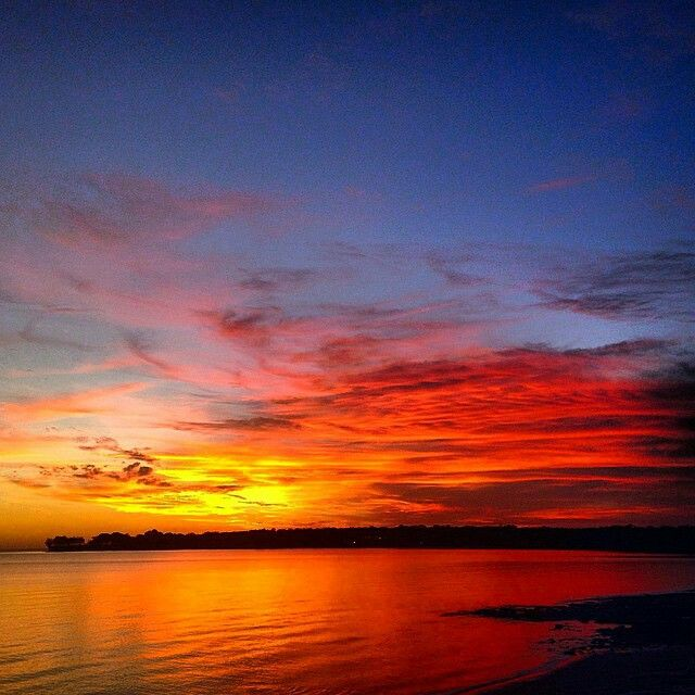 Thanks to Brad George who captured this beautiful #TopEnd #Sunset during his run yesterday. Visit Brad on #Instagram to see more of his photography here http://www.instagram.com/uglyfood_and_running 'Some nights it is a filter free experience here in #Darwin.'