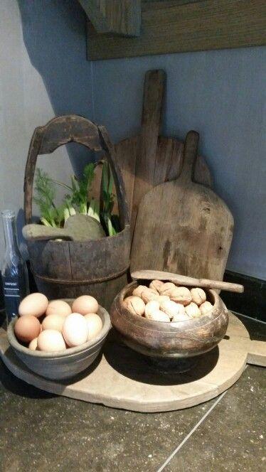 Accessoires voor aanrecht landelijke keuken.