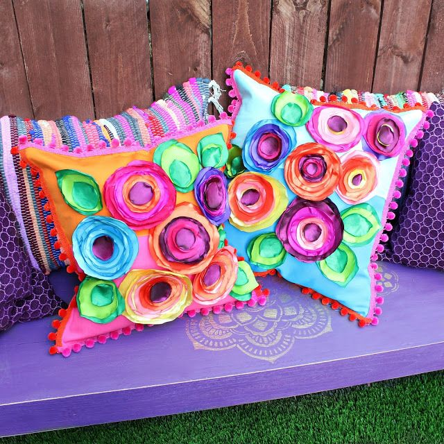 No Sew Flower Pillows | Do it yourself ideas and projects