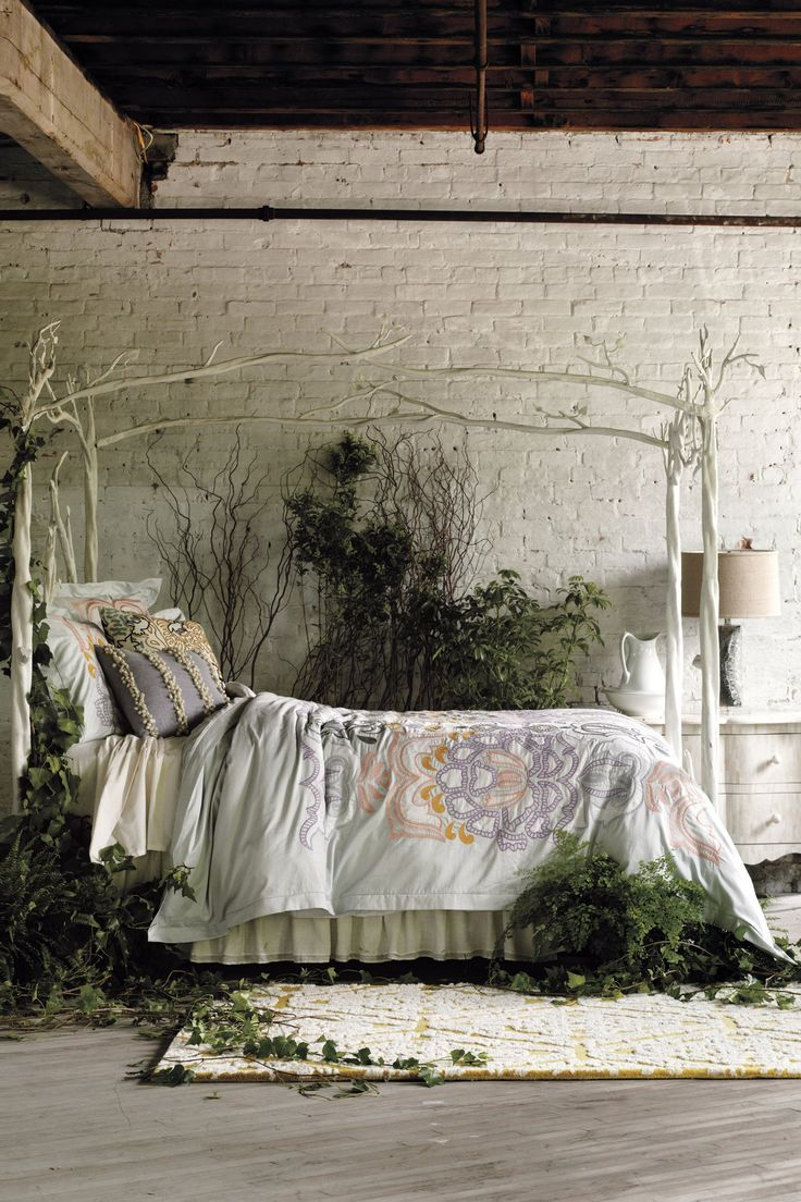 Let's pretend we live in this garden bedroom
