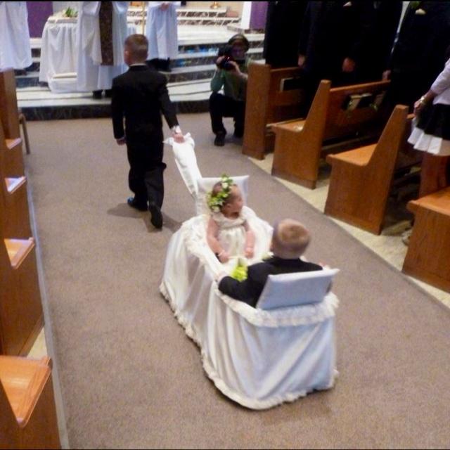 Best 25+ Wedding wagons ideas on Pinterest | Ranch weddings, Wagon ...