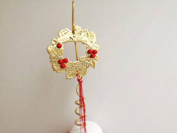 Holly Christmas wreath sculpture brass holly wreath with red