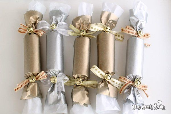 How to make party crackers for christmas and new years crackers how to make party crackers for christmas and new years crackers christmas crackers and holidays solutioingenieria Images