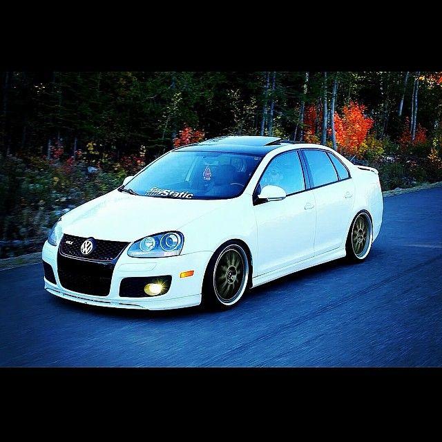 GLI From Quebec ! #Vw #Volkswagen #VwWorld #Jetta #GLI #Golf #Mk5 #Mark5 #stance…