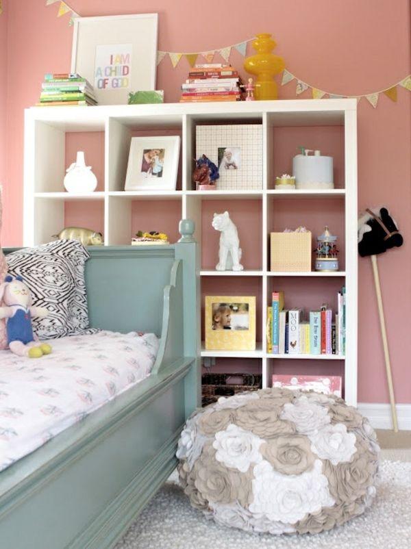 Kinderzimmer ideen leseecke vintage bett holz teenager for Kinderschlafzimmer ideen