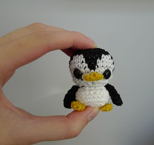 Crochet Pattern Free Penguin : 24 best images about Crochet - Penguim on Pinterest Free ...