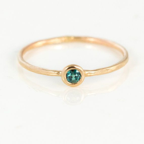 https://www.etsy.com/nl/listing/241801673/natural-alexandrite-ring-14k-gold-ring